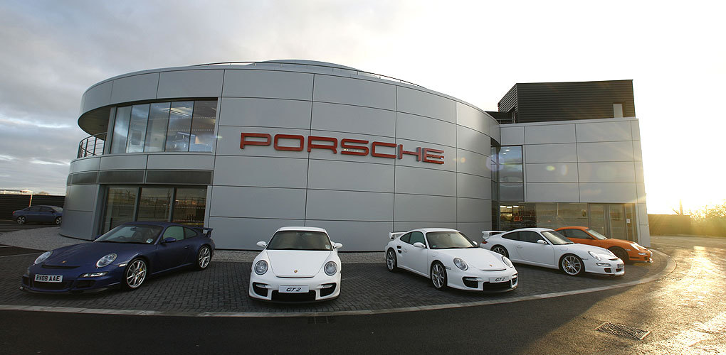 porsche experience centre roofline group uk flat roofing and waterproofing excellence. Black Bedroom Furniture Sets. Home Design Ideas